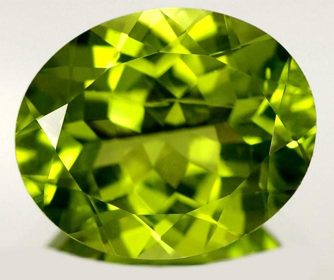 камень хризолита