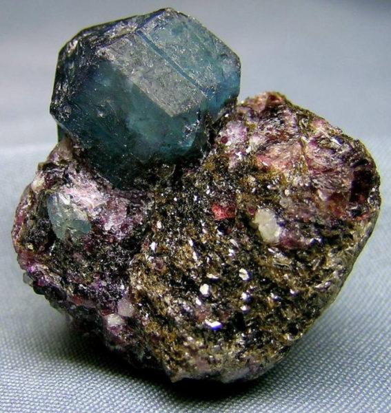 добытый-камень
