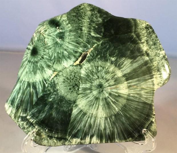 минерал серафинита