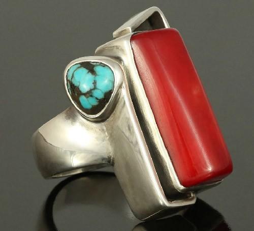 Кольцо-с-кораллом-и-бирюзой